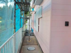 鹿野邸外壁上塗り